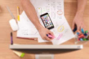pożyczka online przez smartfon lub komputer